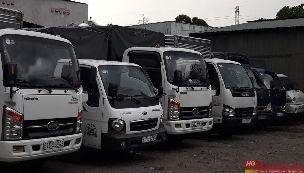 xe tải chở hàng thuê